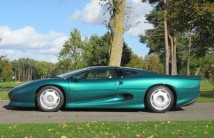 1994_jaguar_xj220_side